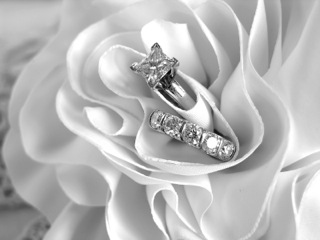 many jewelry stores price diamond rings using these guidelines - Harry Winston Wedding Rings